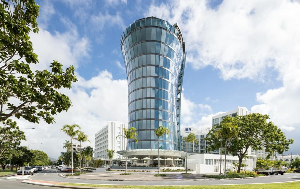CRYSTALBROOK RILEY, CAIRNS ACCOMMODATION GUIDE
