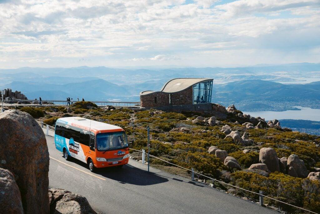 MOUNT WELLINGTON SUMMIT BUS