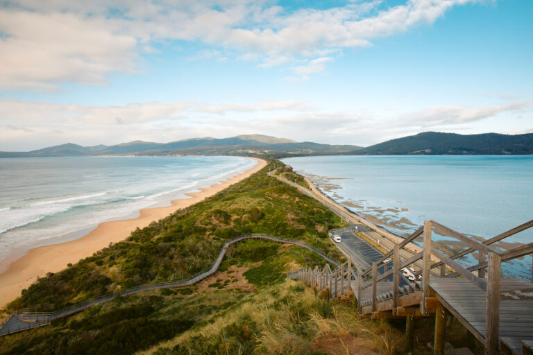 BRUNY ISLAND LOOKOUT, BEST THINGS TO DO IN HOBART ON A DAY TRIP