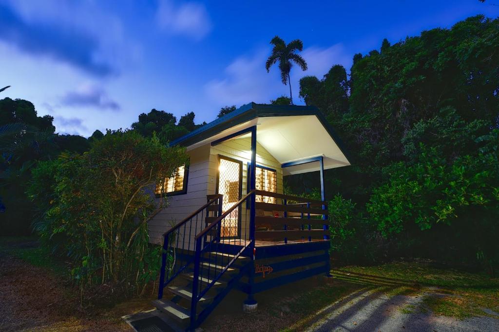 Thornton Beach Bungalow Cape Tribulation Accommodation