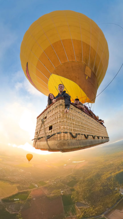 hot air balloon trip from cairns