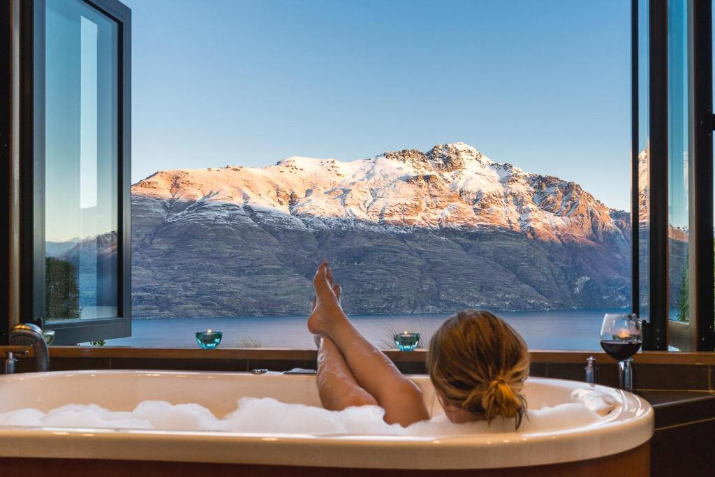 Azur Lodge Queenstown Accommodation New Zealand