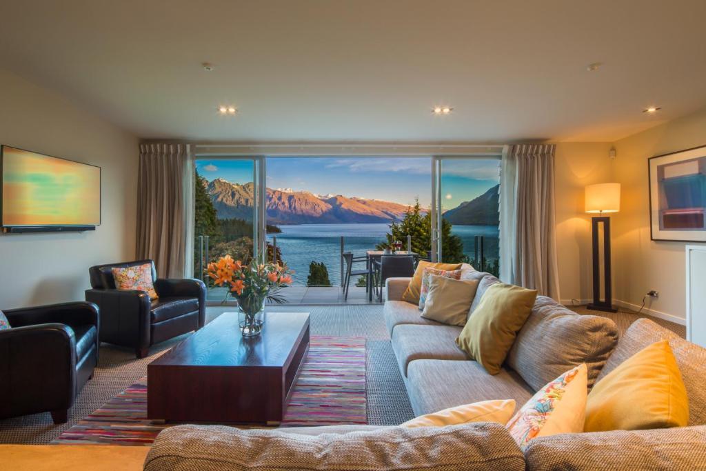 LakeRidge Queenstown New Zealand Accommodation