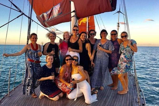 port douglas sailing trip for sunset